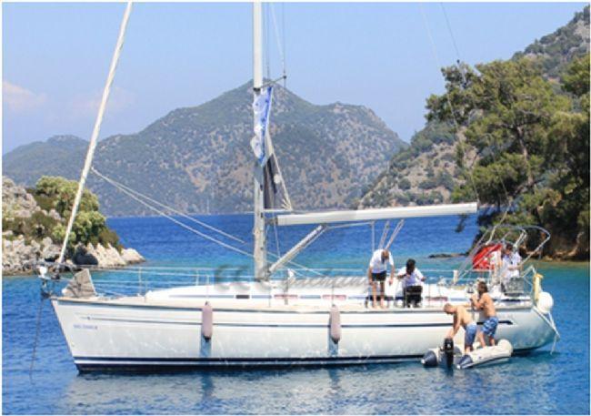 BAVARIA 44 CRUISER Teknesi