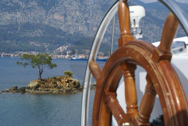 MAVİ YOLCULUK Teknesi