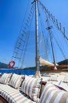 Murat 2 Teknesi ön güverte