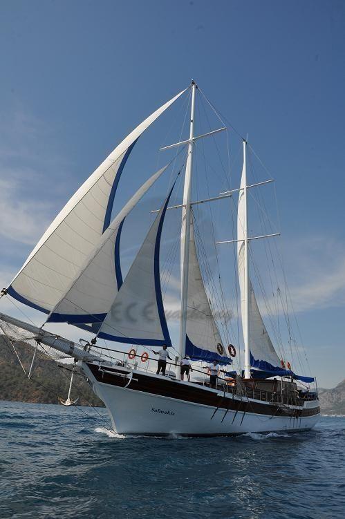 SALMAKİS Teknesi