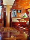 Seven 1 Yacht, Classic Design.